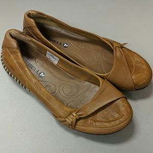 Merrell Camel Brown Leather Flats Size 7.5